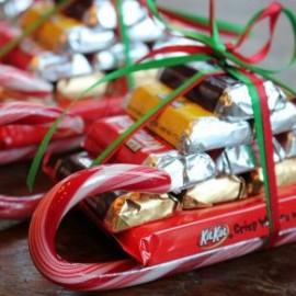 Сани из конфет